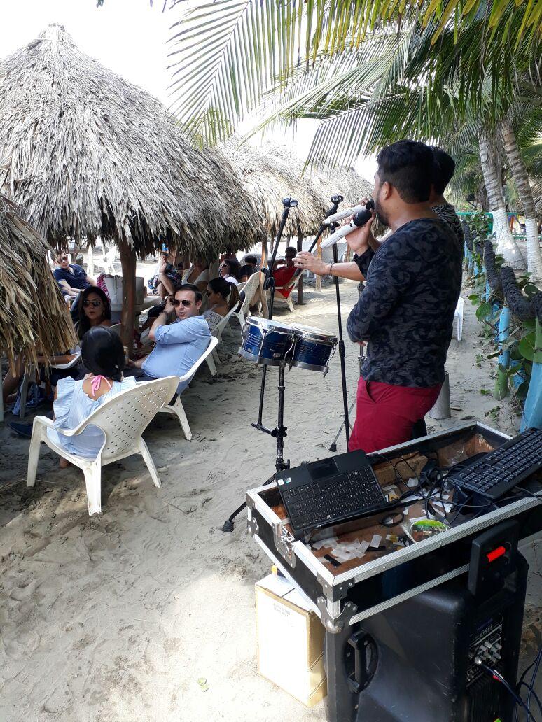 Villa Alcatraz - Comida de Mar - Eventos - Grupos Musicales 3
